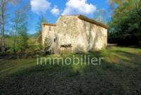 Provencal stone farmhouse in Rustrel